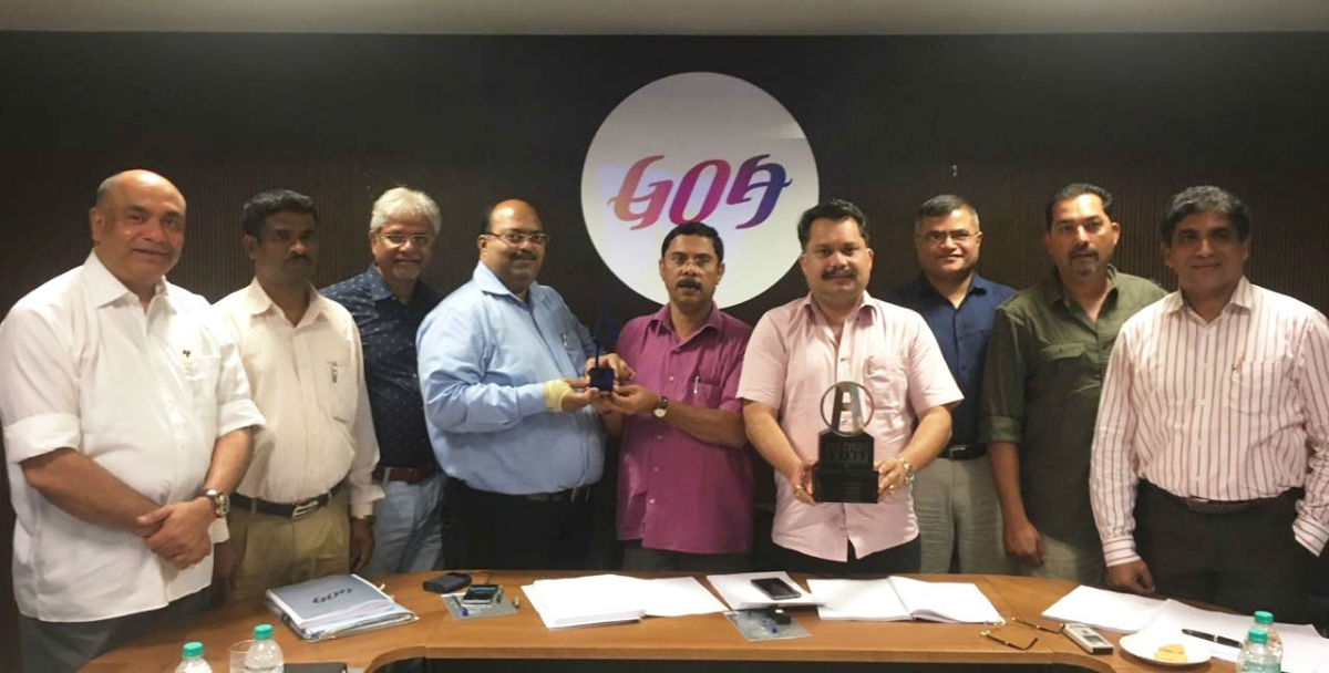 Hon'ble Minister for Tourism, Mr. Dilip Parulekar and Chairman of Goa Tourism Development Corporation, Mr. Nilesh Cabral with the Asia-Pacific Sabre awards for best use of global social networking platforms. Also seen in the picture are Mr. Sanjeev C Gauns Dessai, Director of Tourism, Mr. Nikhil Desai, MD, GTDC and members of State Level Marketing and Promotion Committee.
